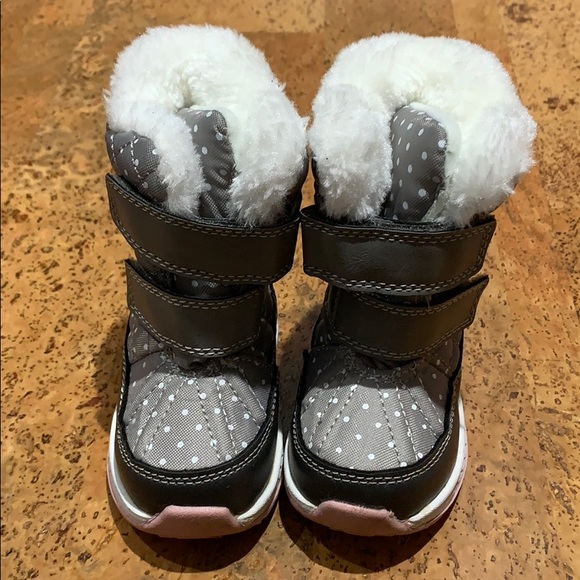 Carters Toddler Girls Snow Boots Size 4